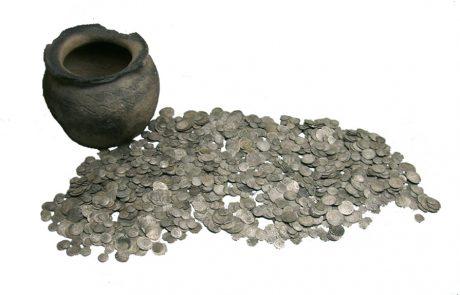Silbermünzen aus dem 11. und 12. Jh. aus einem Fund im Gebiet Tadten