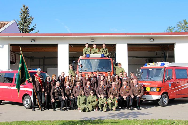 Mannschaft der Freiwilligen Feuerwehr Tadten