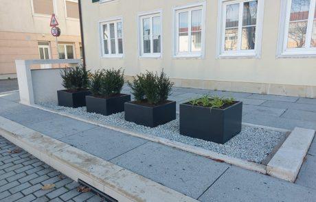 Der neue Vorplatz vor dem Gemeindeamt